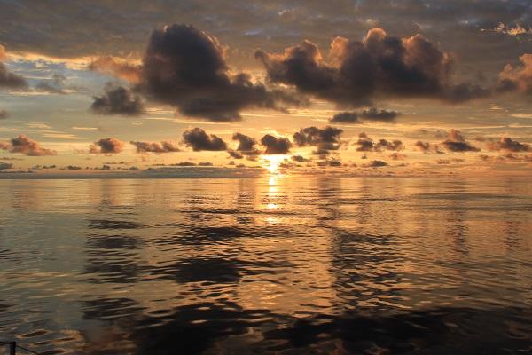 oceano-tramonto-2
